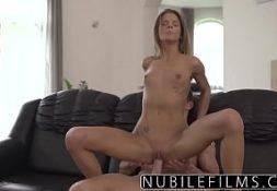 Baixar videos de sexo comendo gata na sala