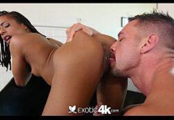 Porno mulher gozando na rola do colega